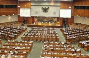 Insiden Mikrofon Mati Rapat Paripurna DPR Gaduh