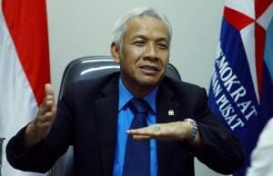 Ipar SBY : Menteri Jokowi Harus Banyak Belajar Lagi
