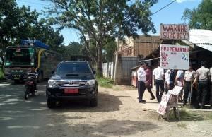 Pengurus Pos Pantau Protes Disangka Pungli